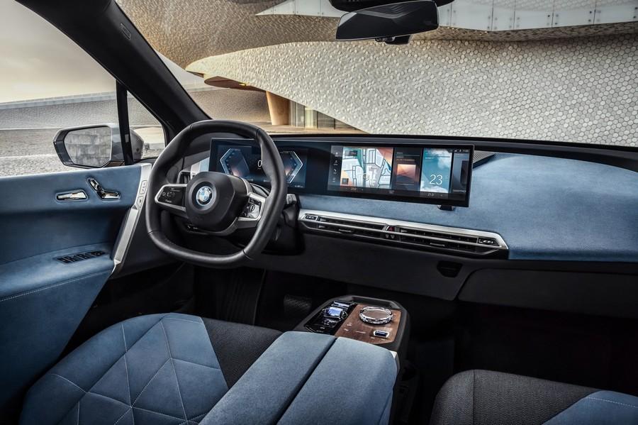 Η BMW iX 2021