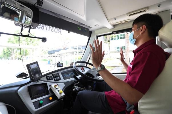 Οδηγός λεωφορείου στη Σιγκαπούρη