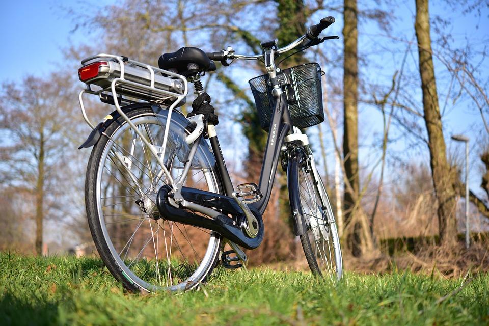 E-bikes summer rides