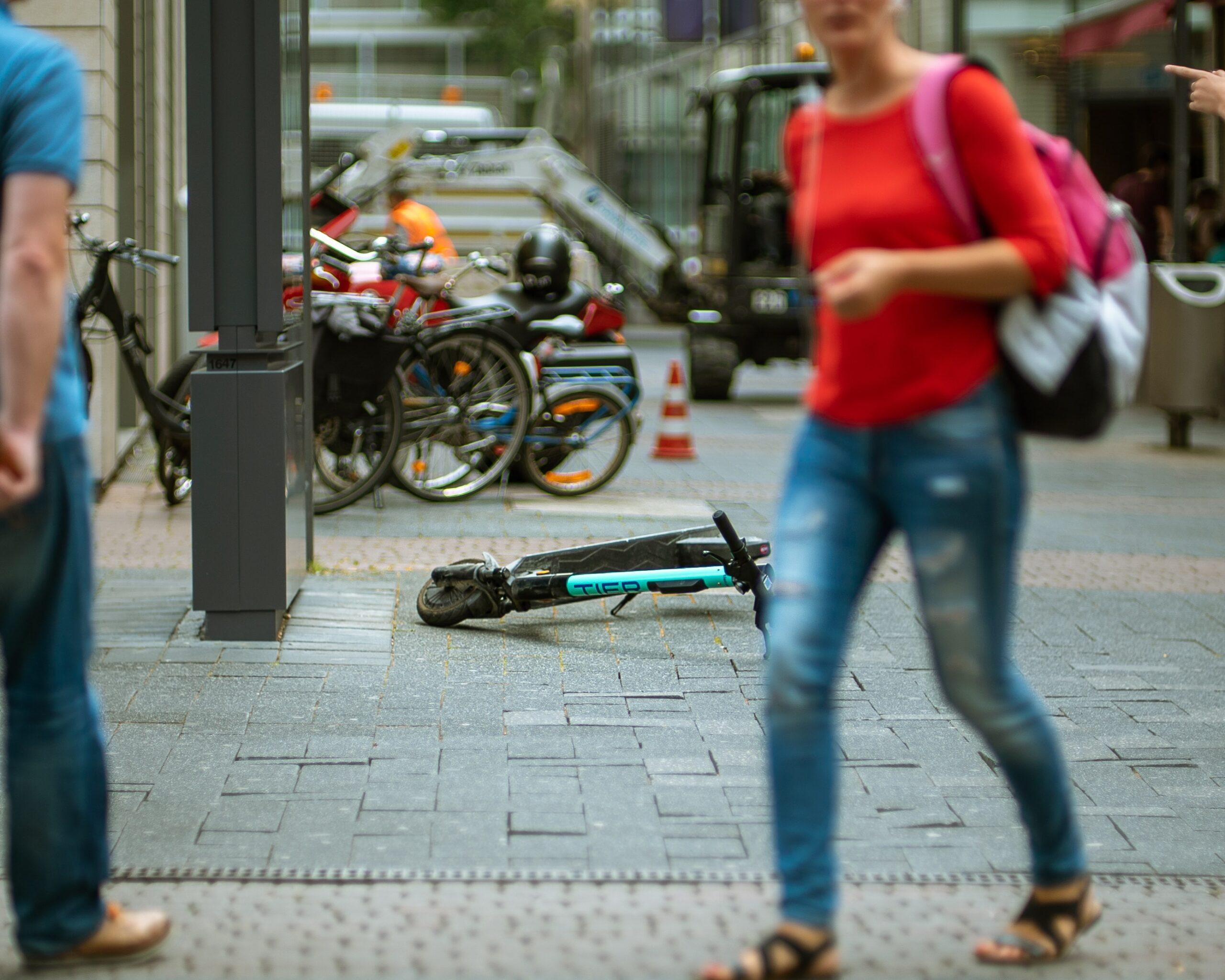 Escooter pavement