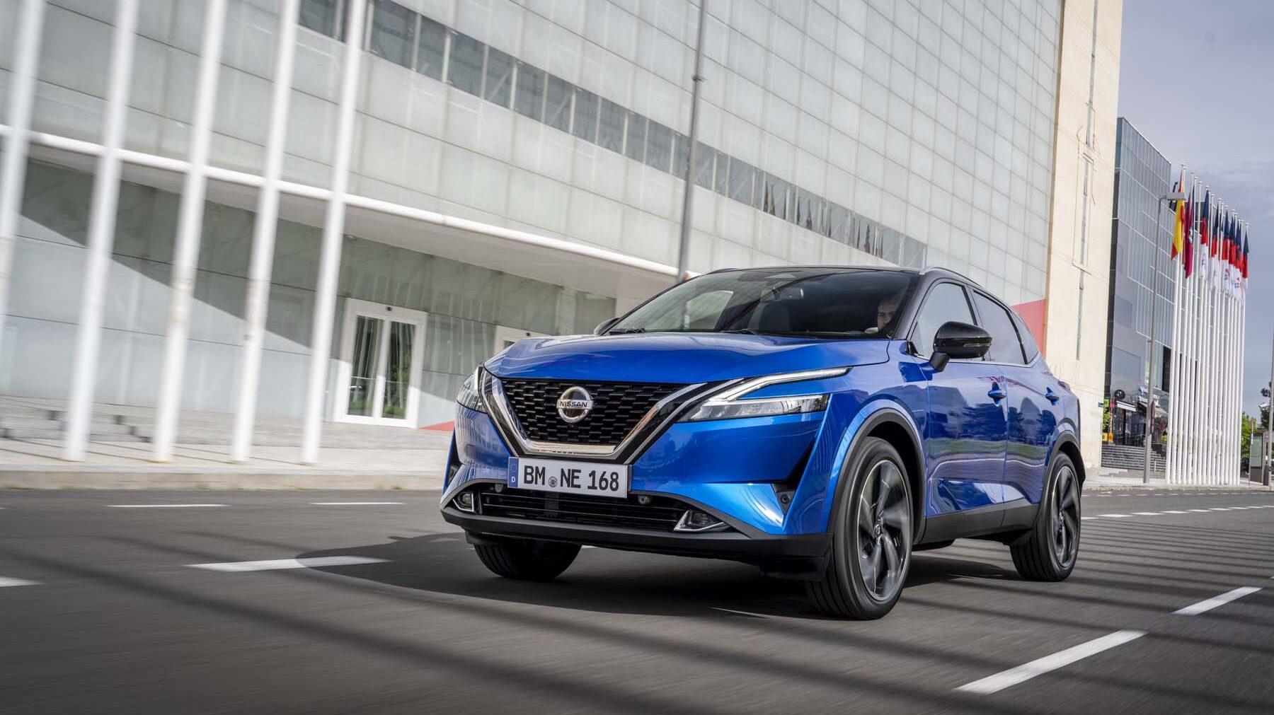 Το νέο Nissan Qashqai σε μπλε χρώμαgr