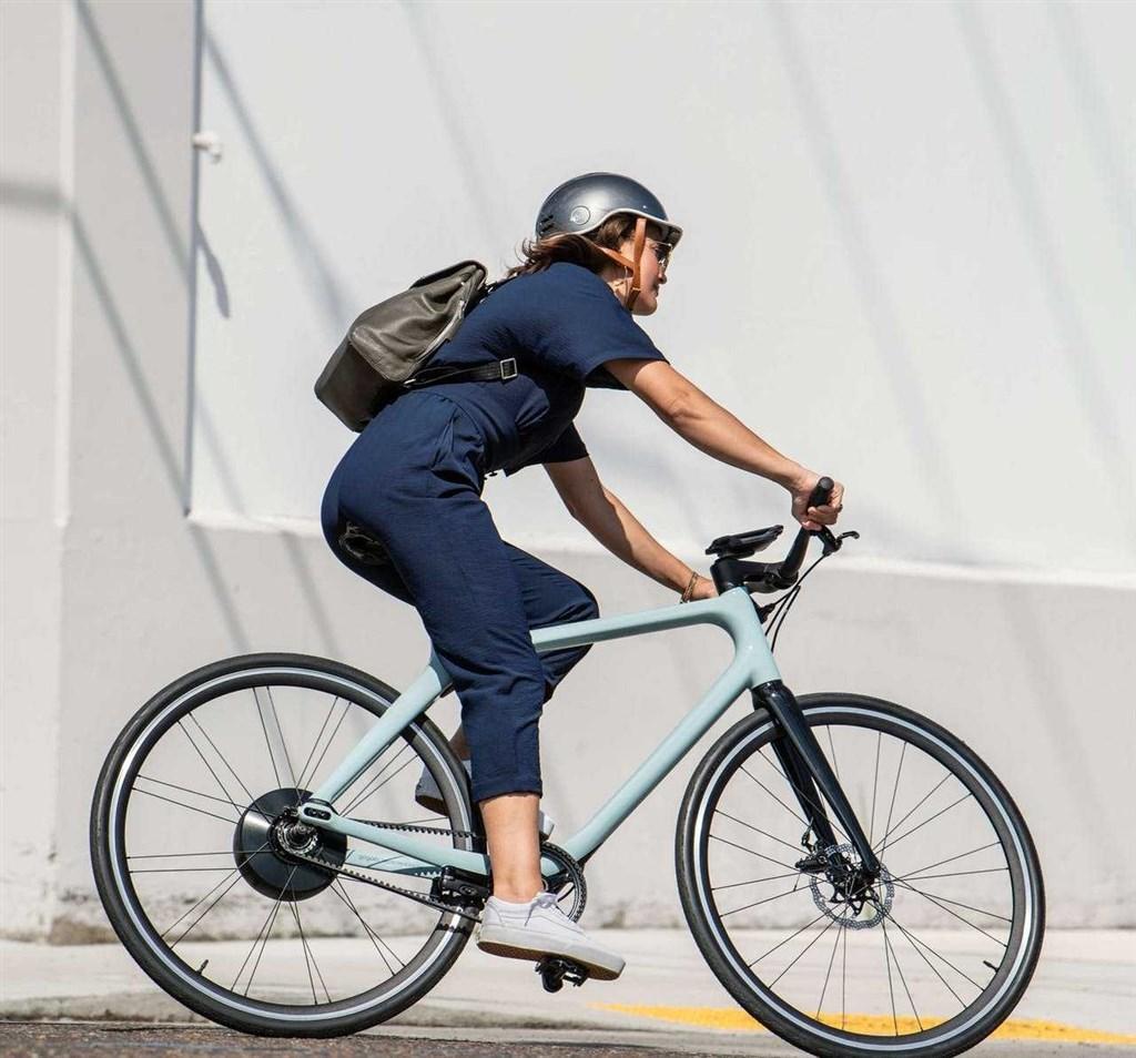 E bikes 16