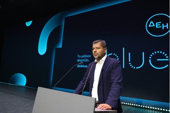 Πρόεδρος και Διευθύνων Σύμβουλος της ΔΕΗ Γιώργος Στάσσης κατά την παρουσίαση της ΔΕΗ blue