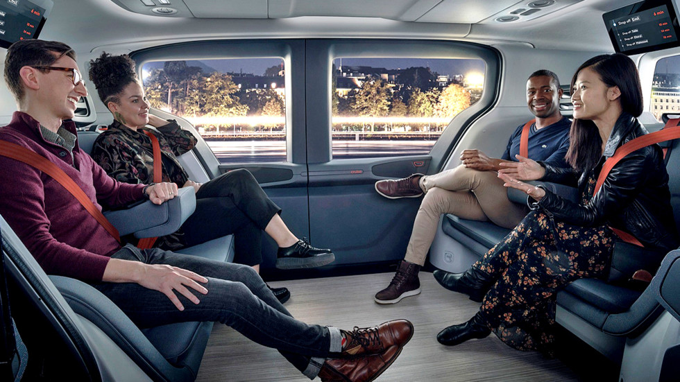 Cruise driverless taxi
