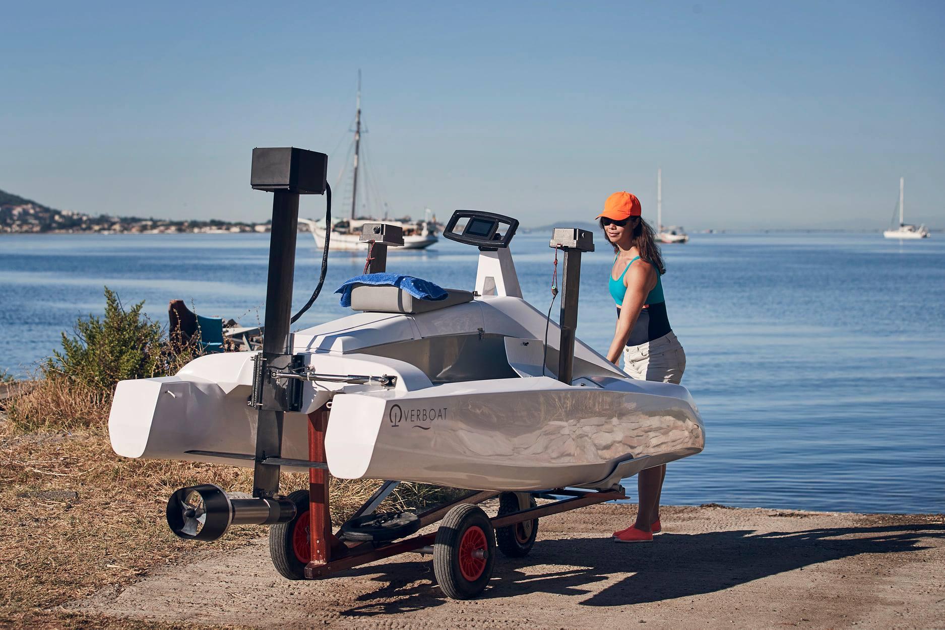 hydrofoiling catamaran sea bike