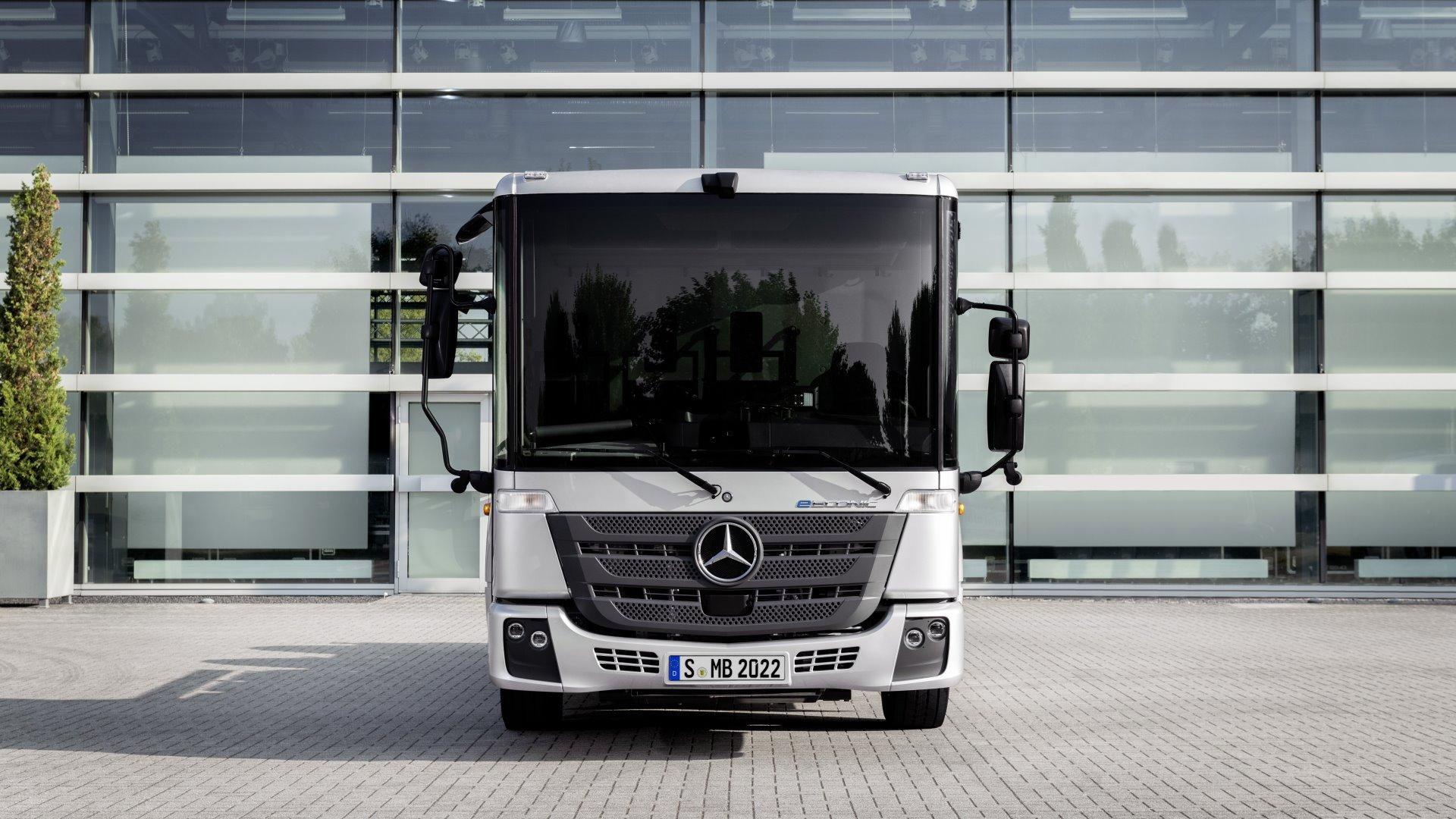 Daimler Mercedes Truck